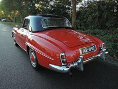 1957 Mercedes Benz #190SL. For all your Mercedes Benz #190SL restoration needs please visit us at http://www.bruceadams190sl.com. (Pic Source: http://www.geevers-classic-cars.de/angebot/mercedes-benz_190sl-cabriolet_1757/foto