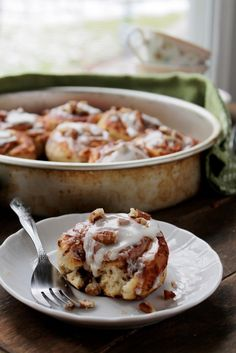 Cinnamon Rolls with Pecans and Lemon Cream Cheese Frosting