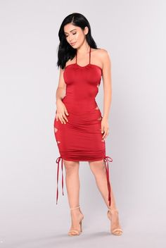 Venenzia Lace Up Dress - Burgundy