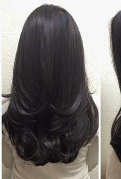 Womens Hair Dos Hairdos 68 New Ideas Medium Hair Cuts, Long Hair Cuts, Medium Hair Styles, Natural Hair Styles, Short Hair Styles, Haircuts For Long Hair, Hair Color And Cut, Long Layered Hair, Beautiful Long Hair