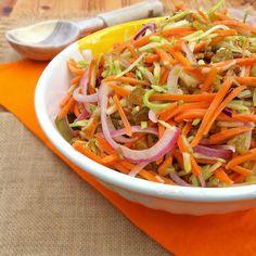 Broccoli+Carrot+Raisin+Slaw+|+Teaspoonofspice.com