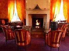 Salon cheminée avec bar Américain entre Deauville et Honfleur.