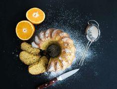 Moist orange bundt yoghurt cake with sugar powder, dark grunge background. Orange Plates, Icing Ingredients, Yogurt Cake, Jus D'orange, Food Categories, Food To Make, Cooking Recipes, Favorite Recipes, Sweets