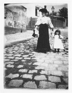 Turn of the Century: Photo Paris Vintage, Old Paris, Vintage Photographs, Vintage Photos, Montmartre Paris, Paris Rue, Victorian Photography, Beautiful Paris, Visit France
