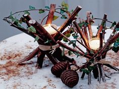 Like this simple rustic charm christmas-decor-candles-decoration-table-ideas-decorating Christmas Candle Decorations, Christmas Candles, Rustic Christmas, Christmas Diy, Simple Christmas, Christmas Candle Holders, Modern Christmas, Natal Natural, Navidad Natural