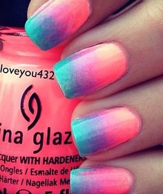 Ombre nails are very trendy now. You can achieve the desired effect by using nail polish of different colors. To help you look glamorous, we have found pictures of beautiful nails. Toe Nail Designs, Acrylic Nail Designs, Art Designs, Stylish Nails, Trendy Nails, Unicorn Nails Designs, Nails For Kids, Dipped Nails, Cute Nail Art
