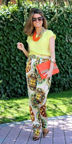 Fashion and Style Blog / Blog de Moda . Post: Yellow + Orange / Amarillo + Naranja.See more/ Más fotos en : http://www.ohmylooks.com/?p=14302 by Silvia