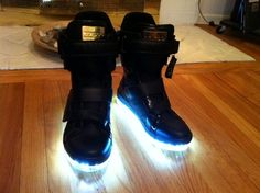 Google Image Result for http://www.paintorthread.com/wp-content/uploads/2010/12/sole-lites-taboo-shoes-custom-light-up.jpeg