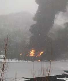 West Virginia train derailment sends an oil tanker into the Kanawha River - a HUGE THREAT to loss of life & environmental disaster. Almost without any regulation, King oil is hauling dangerous fracking sludge across America from North Dakota & Canada, resulting in explosive train disasters, destroying rivers & drinking water sources, & threatening residents of small towns across the US. http://media.cmgdigital.com/shared/lt/lt_cache/thumbnail/610/img/photos/2015/02/16/f2/42/wv_resized.jpg