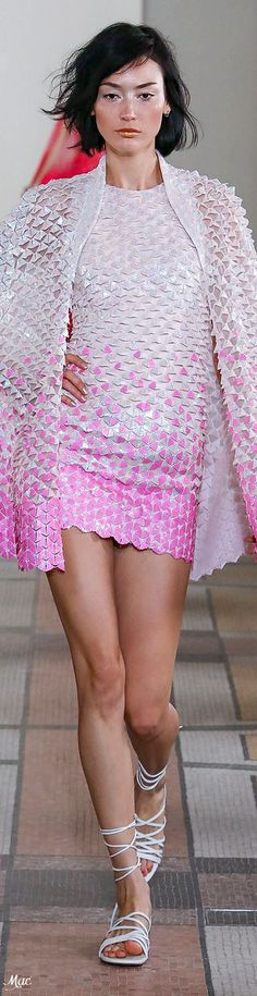 Georges Chakra, Abed Mahfouz, Pink Outfits, Fall Outfits, Casual Outfits, Chanel Cruise, Tony Ward, Zuhair Murad, Elie Saab Spring