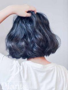 秋冬の髪色は「青」がくる♡トレンドのブルー系ヘアカラー4選 - NAVER まとめ