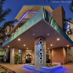 The View at Cascade Apartments - Scottsdale, AZ by P.B. Bell is a luxury apartment complex catering to North Scottsdale millennials and empty nesters. The urban architecture and boutique hotel interior were built by Mt Builders our Design Icon for Builders. Baxter Imaging