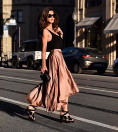 Δώστε chic διάθεση στα look σας | μοδα , street style | ELLE