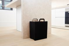 RE.BIN promotes sustainability through design by offering an easy way to recycle in style. Smart. Beautiful. Sustainable.