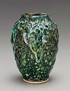 Stoneware vase, Dedham Pottery, 1895-1908. Robert Ellison Collection