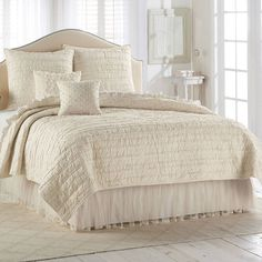 Lc Lauren Conrad Lauren Conrad And Kohls Bedding On Pinterest