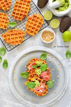 gofry, gofry warzywne, gofry na wytrawnie, gofry z marchewki, gofry z marchewki i pietruszki, mus z awokado, Waffles, Healthy Recipes, Healthy Food, Yummy Food, Bread, Breakfast, Health Recipes, Health Foods, Morning Coffee