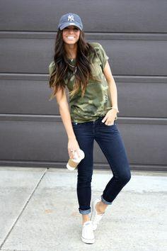 Casual outfit, NY baseball cap, camo shirt, skinny jeans, all star converse kicks. I need that shirt!