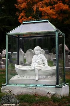 sculpture in glass; memory preserved forever