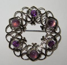 Beautiful Symetallic Amethyst-Color Brooch Amethyst Color, Brooches, Heart Ring, Trending Outfits, Unique Jewelry, Handmade Gifts, Rings, Beautiful, Vintage