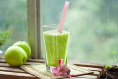 Green Happiness Smoothie | vegelicacy.com