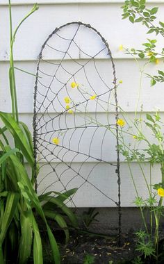 Beautiful Barbed Wire Spider Web Garden Trellis