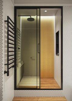 Modern Minimalist House Design Looks So Perfect By Using a White Color and Best Features Inside Modern House Design Color design Features House Minimalist Modern Perfect White Affordable Decor, Minimalist Home, Bathroom Shower Design, Modern Bathroom, Shower Design, Modern, Bathroom Interior Design, Minimalist House Design, Bathroom Design