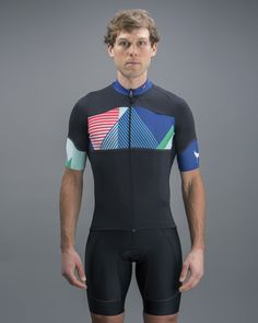 is proof that there is something in the water out in Minnesota that makes people cycling entrepreneurs. But, they also do a damn god job making understated and stylish kit that performs at the highest level. Whether it's merino wool woven int Cycling Shorts, Cycling Jerseys, Cycling Bikes, Cycling Clothes, Cycling Outfits, Cycling Art, Road Cycling, Road Bike, Bike Kit