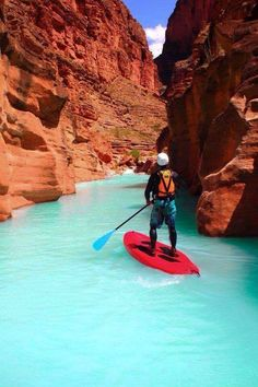 Paddle boarding in Havana canyon USA