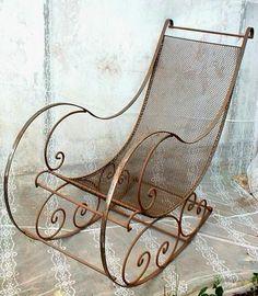 fauteuil à bascule en fer forgé
