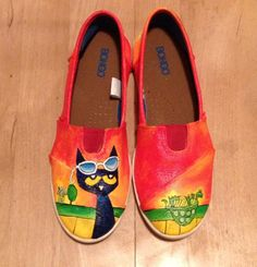 Pete the Cat painted canvas shoes by GabySepuArt on Etsy