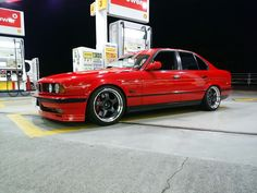 Bmw E34, Bmw Alpina, E30, Bmw 5 Series, Bmw Cars, Cars And Motorcycles, Cool Cars, Old School, Bike