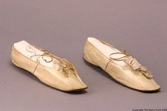 Wedding Slippers, Gilbert Shoe Co., US The Henry Ford Antique Wedding Dresses, Modern Vintage Weddings, White Slippers, Leather Slippers, Wedding Slippers, Wedding Shoes, Bridal Boxes, Costume Collection, Bridal Accessories