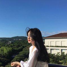 Mode Ulzzang, Ulzzang Korean Girl, Pretty Korean Girls, Cute Korean Girl, Aesthetic Girl, Aesthetic Photo, Beige Aesthetic, Korean Aesthetic, Japanese Aesthetic