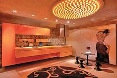 12 cozinhas ousadas com papel de parede e móveis de design assinado - Casa