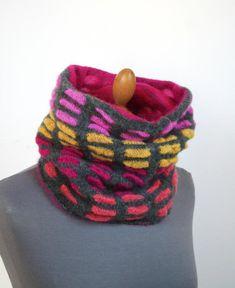 Bunter Loop für Frauen, Rundschal, gestrickter Kragen Knitted Scarves, Bunt, Etsy, Vintage, Accessories, Fashion, Scarf Knit, Kleding, Woman
