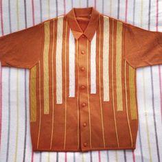 Preparation for the summer never stops. Nice Shirts, Men's Shirts, Vintage Wear, Vintage Shirts, Rockabilly Shirts, Mod Look, Shirt Template, Bowling Shirts, Mod Fashion