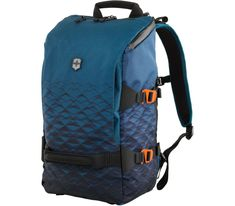 Whether you are planning on a daytrip or long journey, the Victorinox Touring Backpack is the perfect travel companion. Its design flawless design features multiple handles for grabbing on the go or padded/adjustable straps for comfort. Luggage Backpack, Backpack Straps, Laptop Backpack, Backpack Bags, Luggage Bags, Dark Teal, Teal Blue, Victorinox Swiss Army, Look Fashion