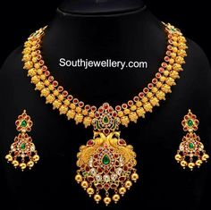Beautiful South Indian necklace: