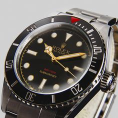 """#TOTB -- #Rolex - #Submariner - #6538 """"Big Crown"""" #JamesBond a legend is back with #TempusMachina watch company"""