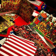 Where's Waldo party invitations 4th Birthday Parties, 8th Birthday, Wo Ist Walter, Wheres Waldo, Party Invitations, Projects To Try, Birthdays, Teacher, Party Ideas