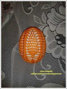 Thread Crochet, Knit Crochet, Easter Crochet, Happy Easter, Easter Eggs, Christmas Bulbs, Knitting, Holiday Decor, Crafts