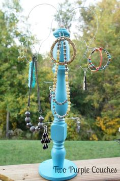 DIY Upcycled Jewelry Organizer - Step-by-step tutorial for turning an old spindle into a jewelry holder. Such a clever idea!