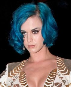 Wo...w! Katy Perry's Sexy Curly Bob Haircut, do you love it? Yes, I do.