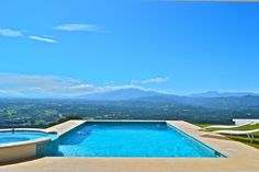 WELL APPOINTED VACATION HOME WITH SPECTACUAL VIEWS IN ATENAS, COSTA RICA