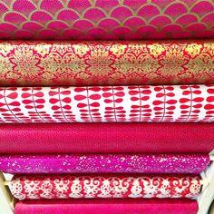 """Valentine paper ladder goodness! #paperladder #valentine #❤️ #red #pink #paper #love #thepaperplace #diy #craft"""