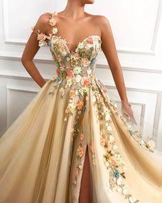 Blossom Essence Teuta Matoshi Gown Blossom Essence Teuta Matoshi Gown,Pretty Dresses Related Elegant prom Dresses Design to Make You Charming - Page 50 of 50 - SooPushElegant One-Shoulder Long Sleeve Spilt Sequined Black. Stunning Prom Dresses, Pretty Prom Dresses, Elegant Dresses, Cute Dresses, Beautiful Dresses, Formal Dresses, Dress Prom, Bride Dresses, Stylish Dresses