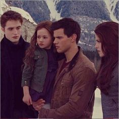 The Twilight Saga Breaking Dawn Part 2 Pic Of Edward, Bella, Jacob And Renesmee ❤ Twilight Jacob And Renesmee, Die Twilight Saga, Twilight Saga Books, Twilight Quotes, Twilight Breaking Dawn, Breaking Dawn Part 2, Twilight Pictures, Nikki Reed, A Dogs Purpose