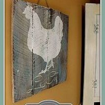 DIY Pallet Chicken Art