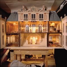 Mulvany and Rogers, Galerie Des Glaces, Versailles Miniature Rooms, Miniature Houses, Miniature Furniture, Victorian Dollhouse, Dollhouse Dolls, Dollhouse Miniatures, Dollhouse Ideas, Modern Dollhouse, Old Houses
